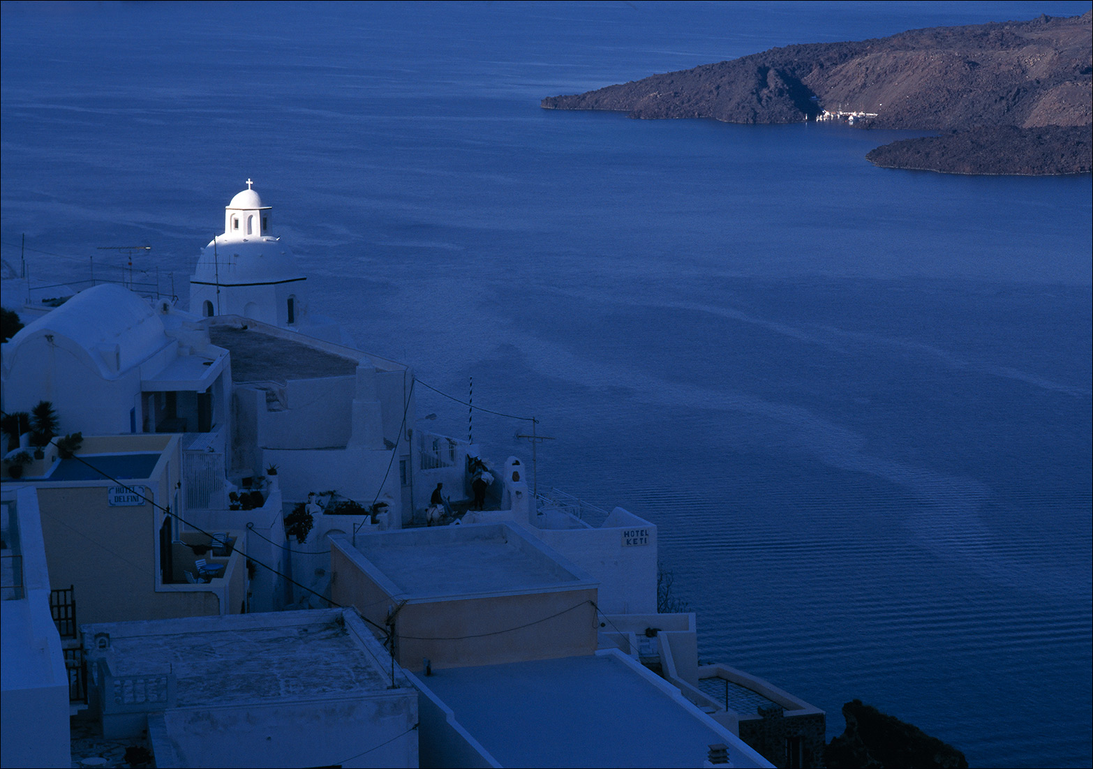 santorini_church